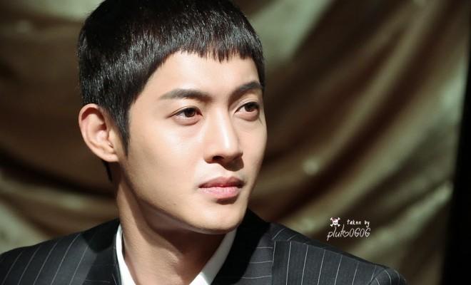Jung so min i kim hyun joong dating 2012