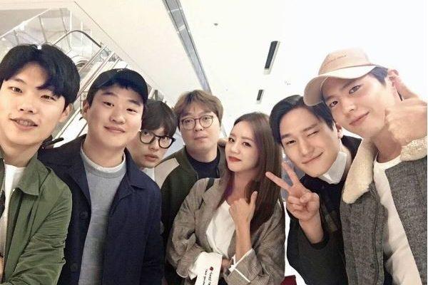 Reply 1988' Cast Reunites On Hyeri's Instagram Post
