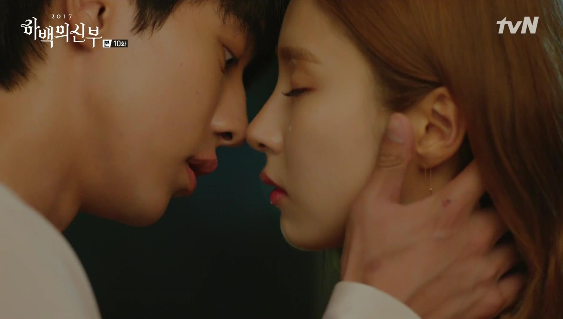 Korean Drama Kisses of 2017