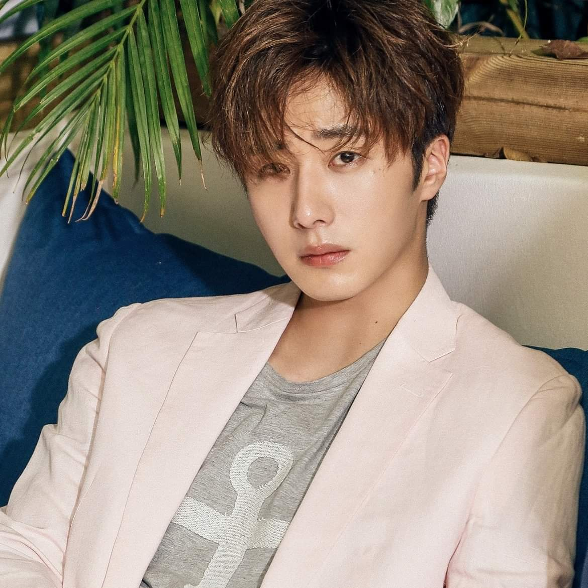 jung il woo completes alternative military service duty