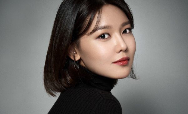Girls' Generation's Sooyoung Preps For Upcoming Debut As Solo Artist