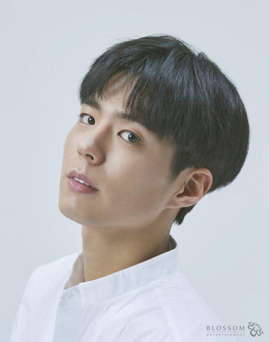 Park Bo Gum *Image via Blossom Entertainment*