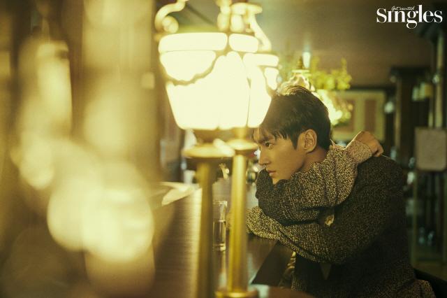 Choi Si Won | Singles