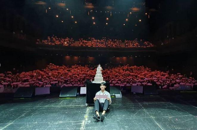 Photo from @holyhaein (Jung Hae In's Instagram)