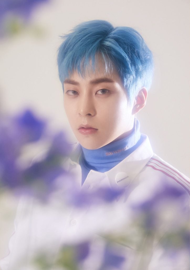 Idol List 10 Male K Pop Idols Who Looked Brilliant In Blue Hair