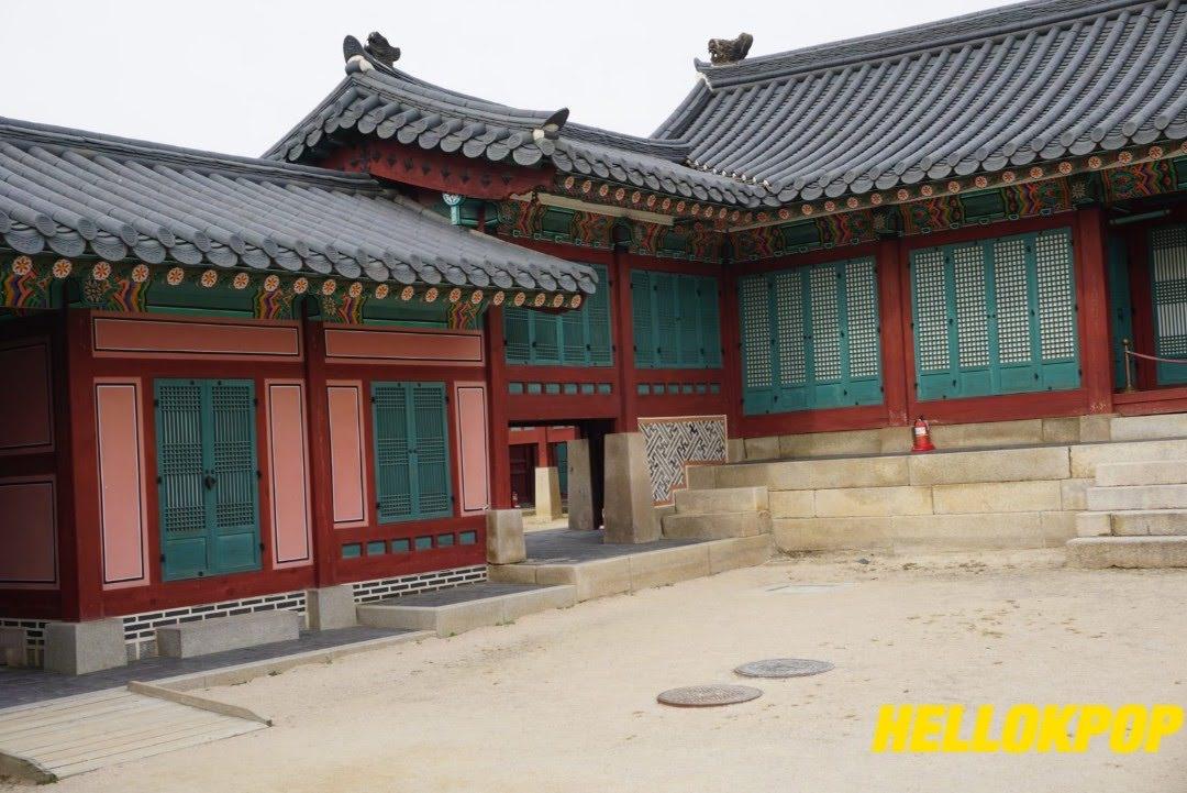 Gyeongbokgung_Hellokpop_Four_Seasons_Hotel_seoul