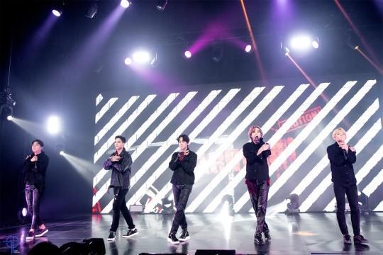 Teen Top online concert