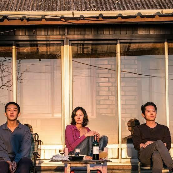 "K-Movie Spotlight: ""Burning"" Eloquently Challenges"
