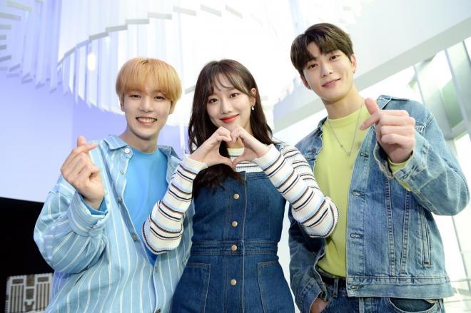 SBS Inkigayo's MinNaHyun (MONSTA X Minhyuk, APRIL Naeun, NCT Jaehyun)