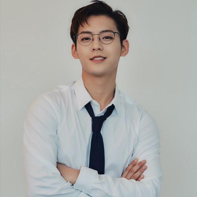 BTOB Lee Minhyuk Huta