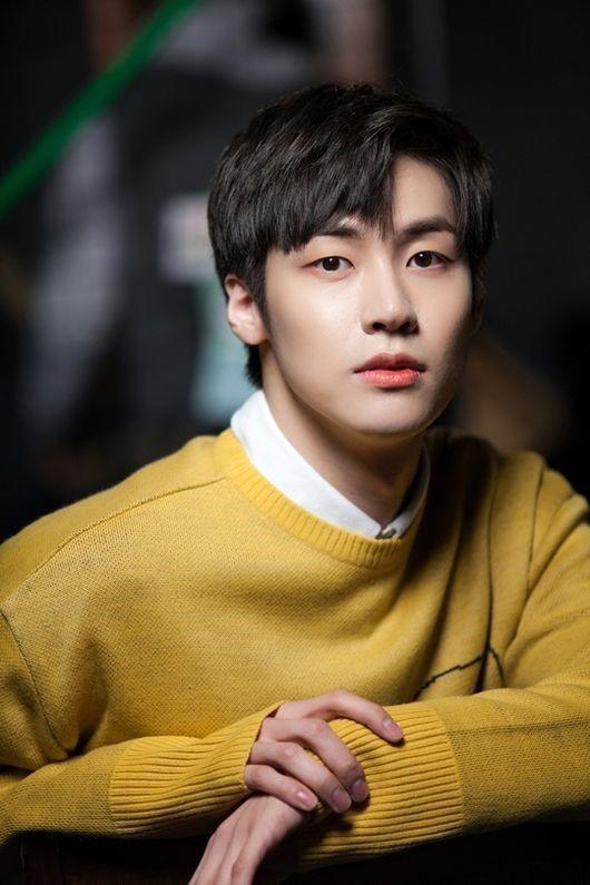 Lee Seung Hyub