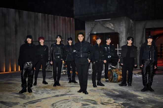 Super Junior 10th full album The Renaissance House Party