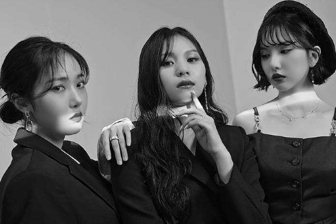 VIVIZ Officially Opens New Planet In K-Pop Global Platform UNIVERSE